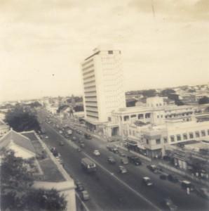 Ernakulam Marine Drive Sealord Hotel in 1970's